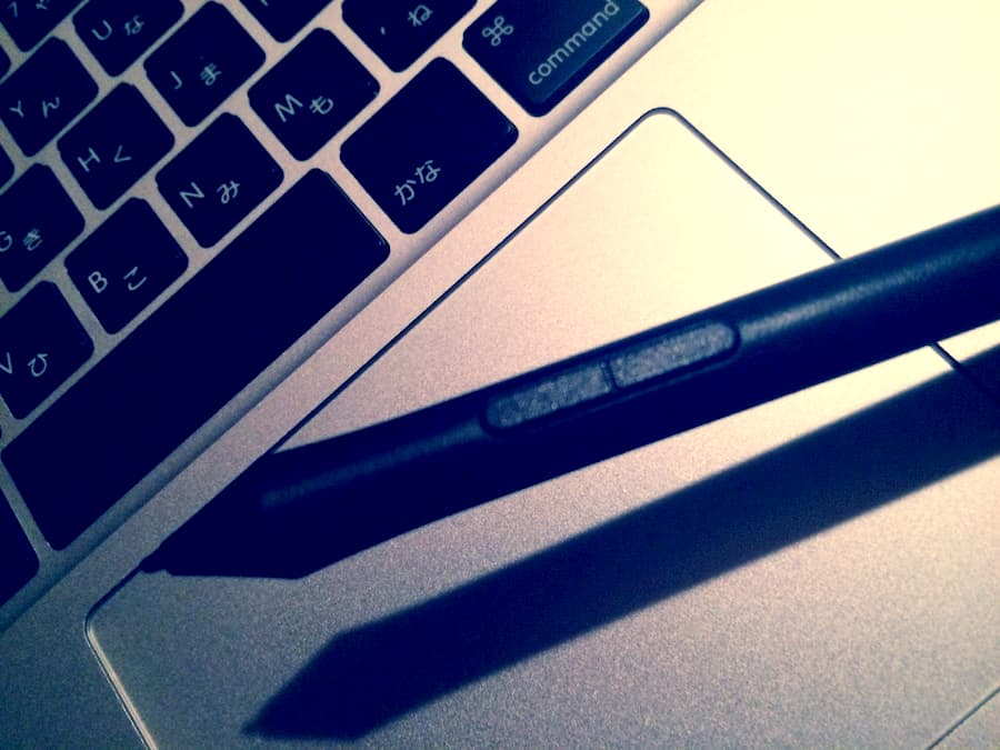 ペンタブのペン-min