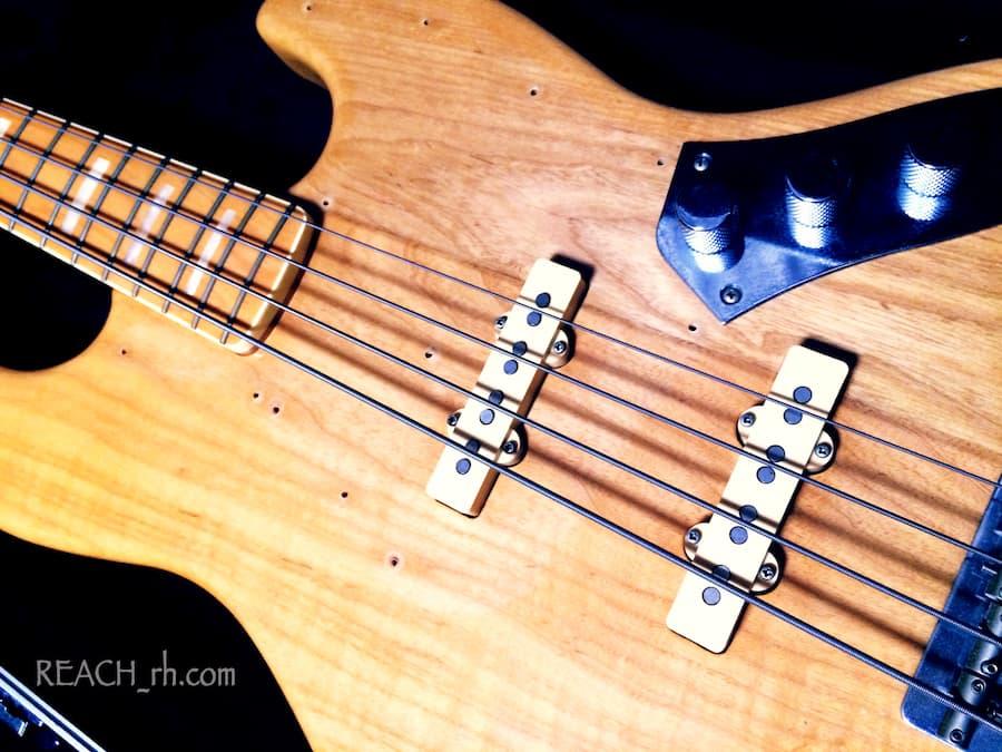 Fender Jazz Bass white ash ボディアップ
