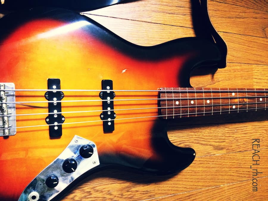 Fender Jazz Bass FL ボディアップ
