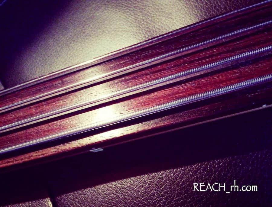 Fender PBAC-100FL 指板