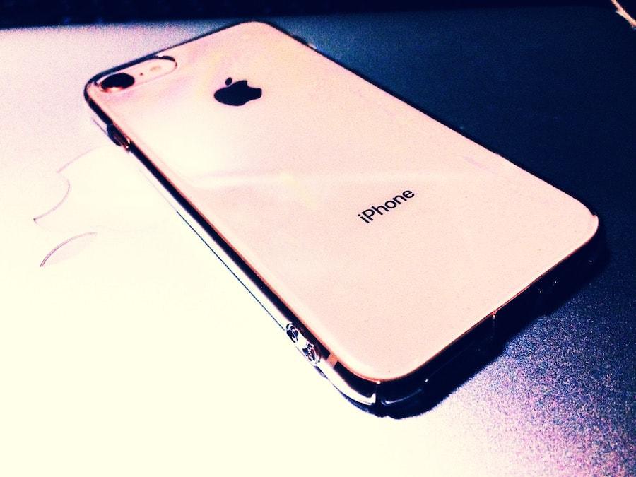 iPhone8-ゴールド