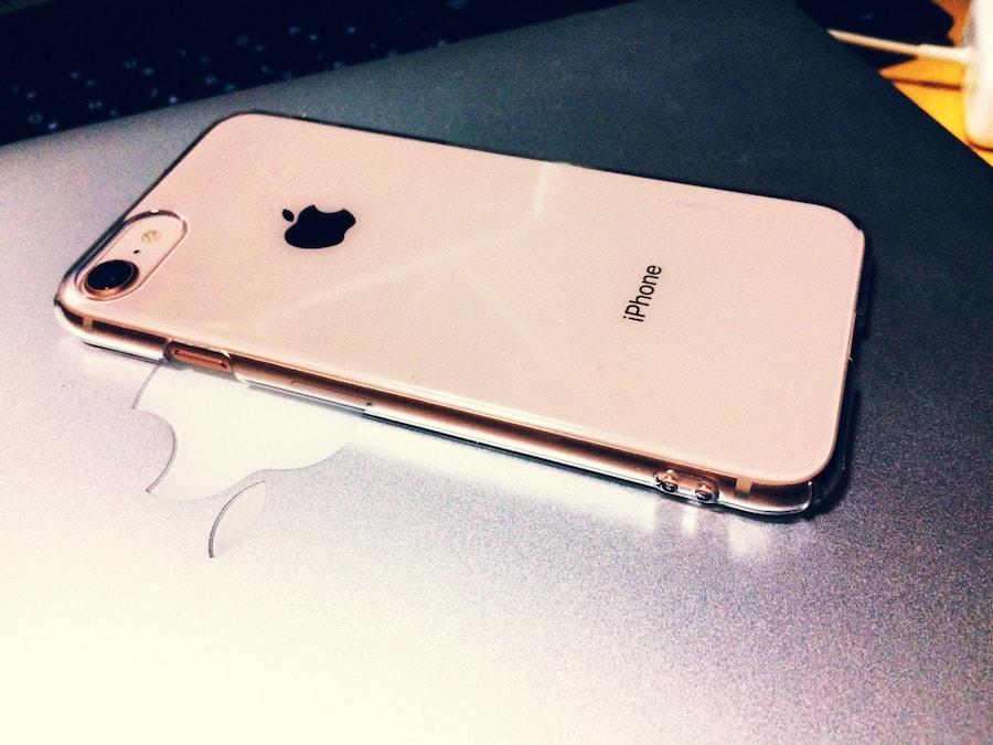 iPhone8_ゴールド
